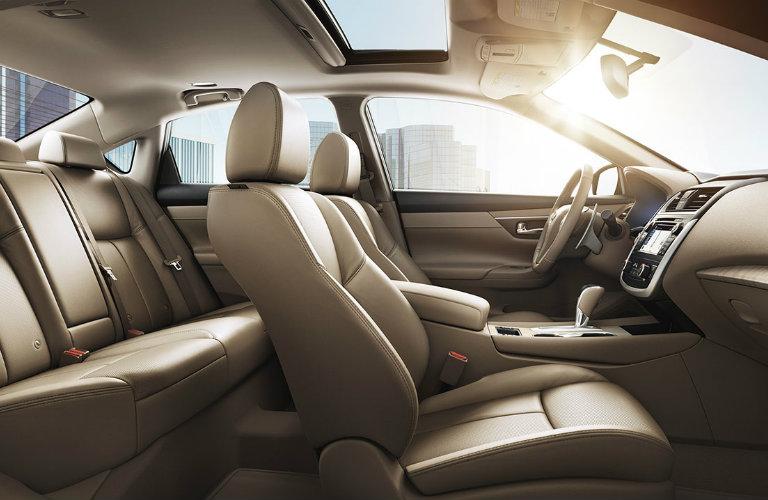 2016 Nissan Altima passenger volume