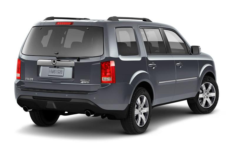 Can the honda fit tow autos post for Nissan armada vs honda pilot
