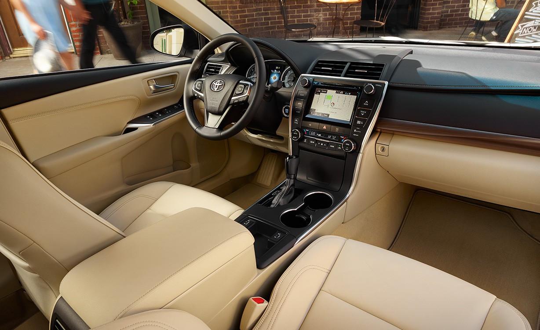 2016 Toyota Camry Interior in Calumet City, IL