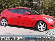 2013 Hyundai Veloster w/Black Int Bloomington IN
