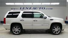 Cadillac Escalade AWD: QUADS-THIRD-REVERSE CAMERA-MOON-TV/DVD-LEATHER-AWD 2008