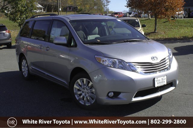 2015 toyota sienna xle premium white river junction vt 11107925. Black Bedroom Furniture Sets. Home Design Ideas