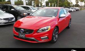Volvo S60 T6 R-Design Platinum w/BLIS Package 2015