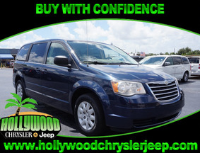 2009 Chrysler Town & Country LX Fort Lauderdale FL