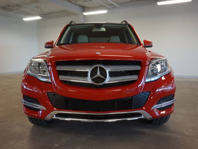 When is first oil change due on 2015 mercedes glk 350 for B1 service mercedes benz