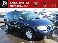 2006 Chrysler Town & Country Touring Racine WI