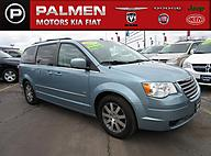 2009 Chrysler Town & Country Touring Kenosha WI