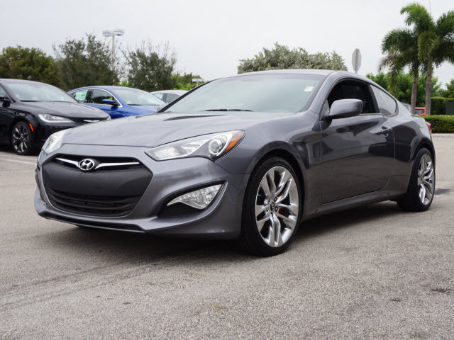 2014 hyundai genesis coupe 2 0t r spec miami fl 11918911. Black Bedroom Furniture Sets. Home Design Ideas