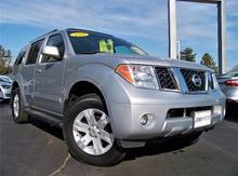 2005 Nissan Pathfinder LE 4x4 Rochester NH
