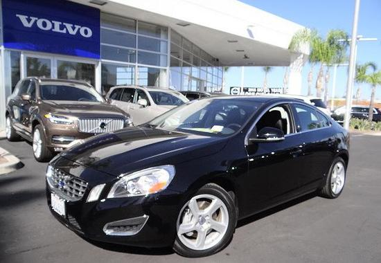 Volvo S60 FWD 4dr Sdn T5 2012