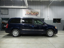 2016 Chrysler Town & Country 4DR WGN TOURING Lawrence KS