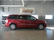 2016 Chrysler Town & Country 4DR WGN LIMITED Lawrence KS