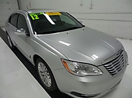 2012 Chrysler 200 4dr Sdn Limited Lawrence, Topeka & Manhattan KS