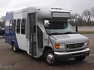 2006 Ford Econoline Commercial Cutaway E-350 Super Duty 138 WB DRW Lawrence KS