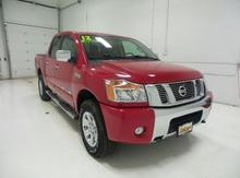 2012 Nissan Titan 4WD Crew Cab SWB SV Lawrence, Topeka & Manhattan KS
