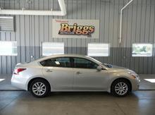 2015 Nissan Altima 4DR SDN I4 2.5 S Lawrence, Topeka & Manhattan KS