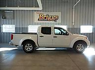 2013 Nissan Frontier 2WD Crew Cab SWB Auto SV Lawrence KS