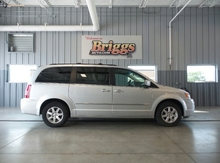2009 Chrysler Town & Country 4DR WGN TOURING Lawrence, Topeka & Manhattan KS