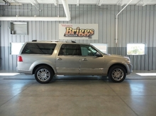 2008 LINCOLN Navigator L 4WD 4DR Lawrence KS