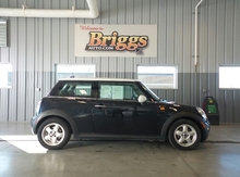 2007 MINI Cooper Hardtop 2DR CPE Lawrence KS