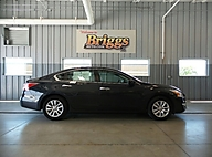 2015 Niss Altima 4dr Sdn I4 2.5 Lawrence KS