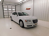 2014 Chrysler 300 4dr Sdn RWD Lawrence KS