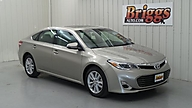 2013 Toyota Avalon 4dr Sdn XLE Lawrence KS