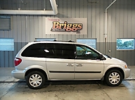 2005 Chrysler Town & Country 4DR SWB FWD Lawrence KS