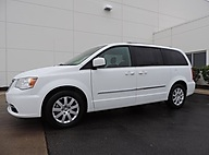 2014 Chrysler Town & Country Touring Naperville IL