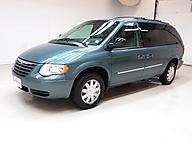 2006 Chrysler Town & Country Touring Raleigh
