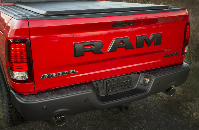 dodge ram rebel tow capacity autos post. Black Bedroom Furniture Sets. Home Design Ideas