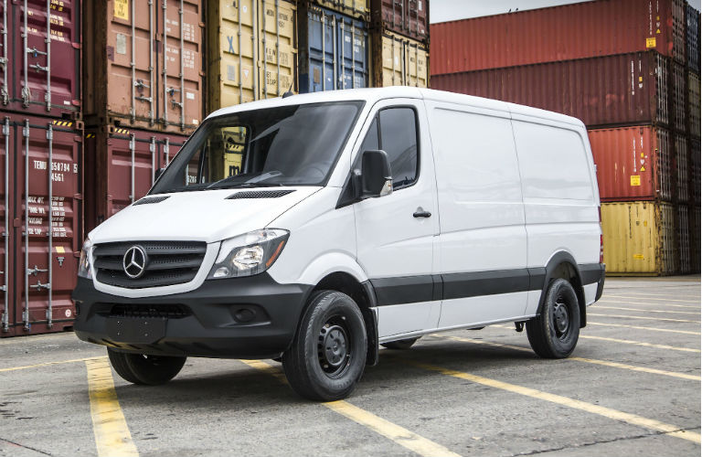 2016 Mercedes Benz Sprinter Worker Vs Mercedes Benz Metris