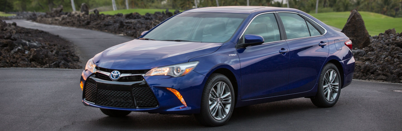 2017 toyota camry hybrid in milwaukee wi. Black Bedroom Furniture Sets. Home Design Ideas