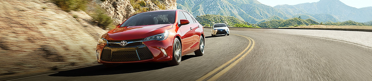 2016 Toyota Camry available for Chicagoland at Toyota River Oaks
