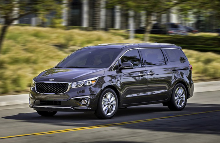 2016 Kia Sedona vs. 2017 Chrysler Pacifica New Port Richey FL